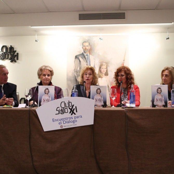 Pilar de Aristegui presenta su libro Sofía, la reina.