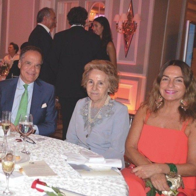 Gala benéfica de la Asociación Internacional de Diplomáticos de España