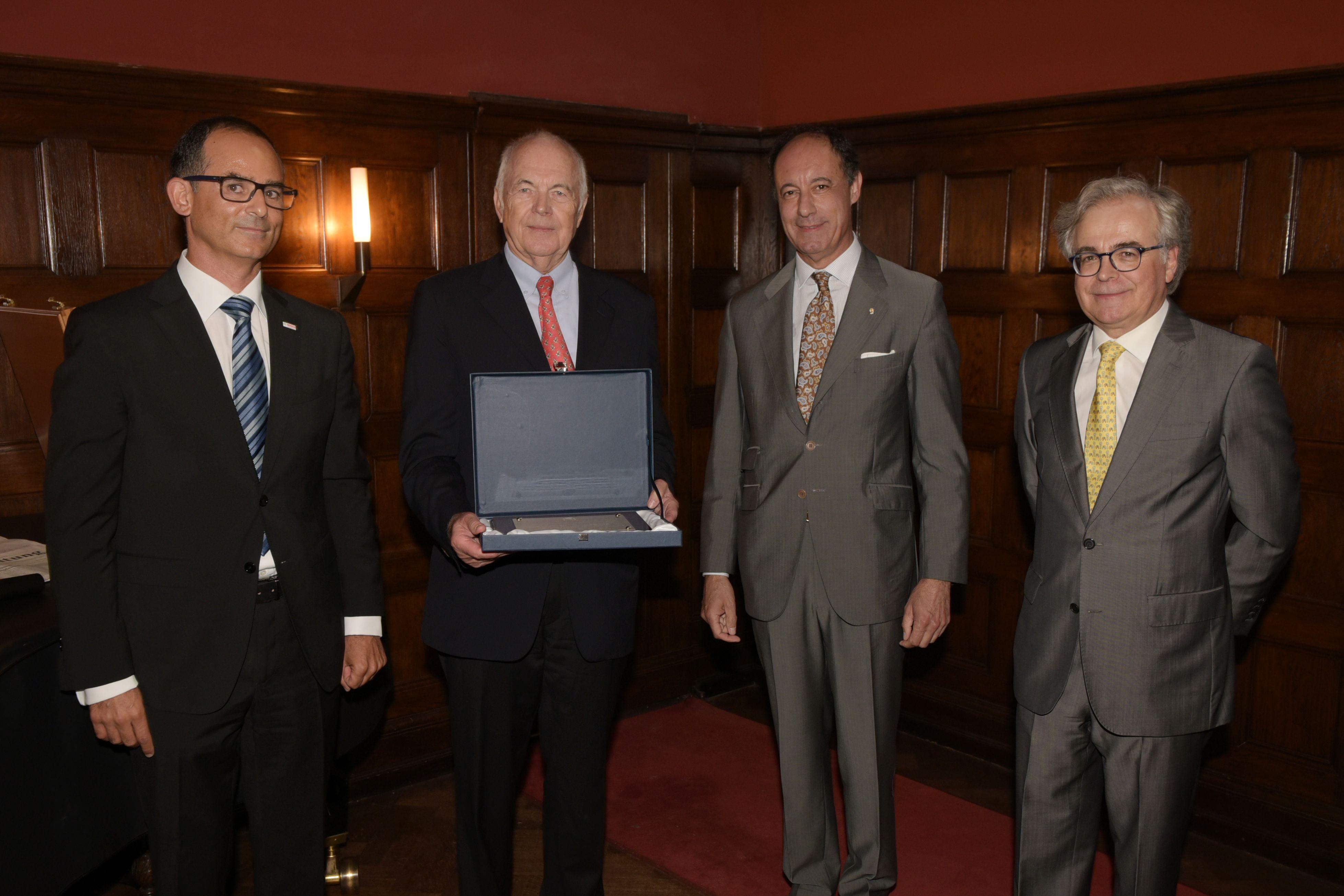 La Cámara Oficial Española de Comercio en Alemania distingue a Kurt Liedtke