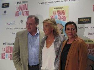 Marta Barroso con Pepe Barroso y Mónica Silva