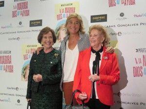 Marta Barroso con la Duquesa de Franco