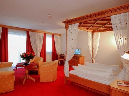 Hotel Ischgl1