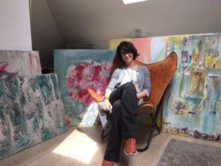 Ana de la Mora, decoradora y pintora