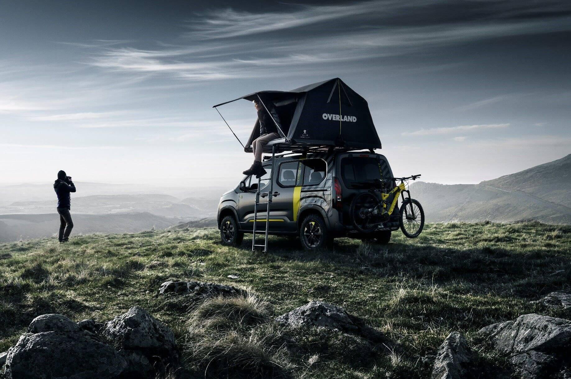 Peugeot Rifter 4x4 Concept: Equipado con tienda de campaña y bicicleta todoterreno