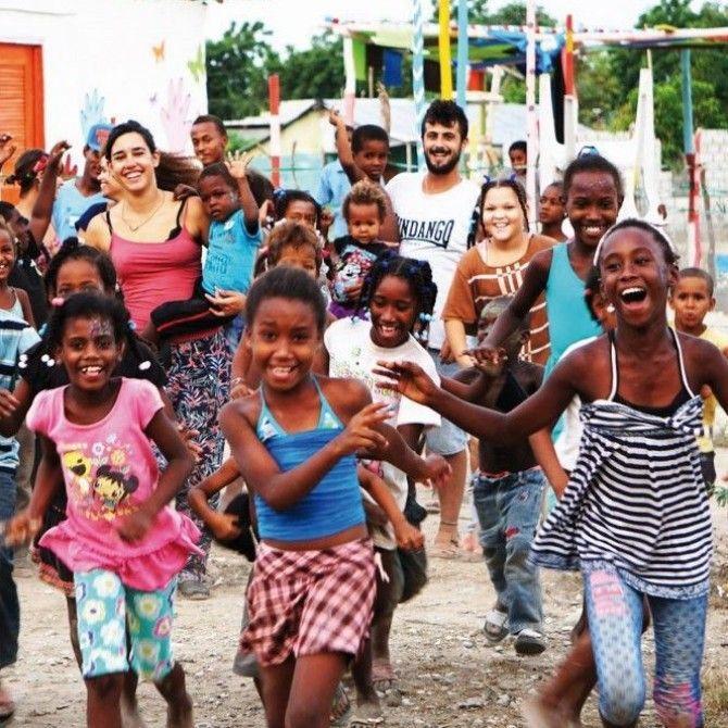 Hay quienes dan con alegría y esa alegría es su premio