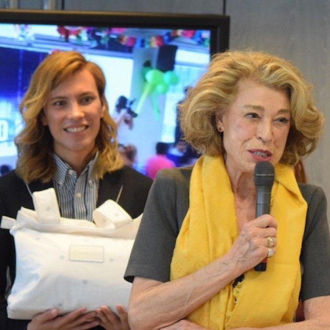 Entrega de canastillas solidarias a madres de Fundación Madrina