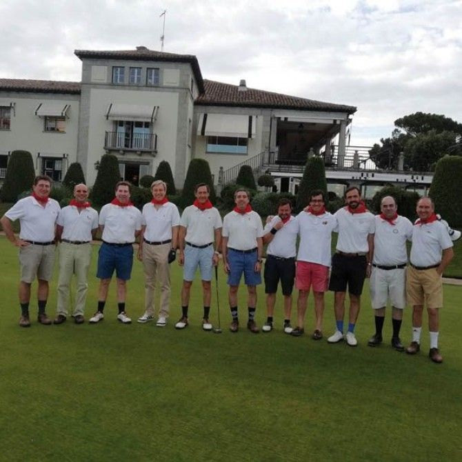Alonso Chávarri celebra el Torneo Chavarrina de golf en R.C. Puerta de Hierro