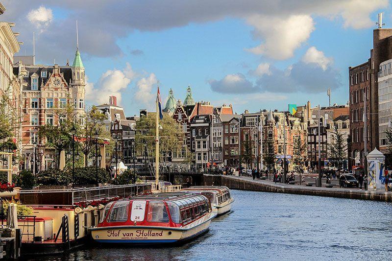 Ámsterdam, la bella y cosmopolita ciudad de los canales