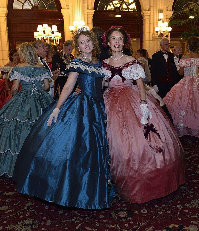 Espectacular Baile Imperial en París