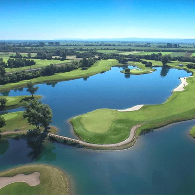 Un crucero por el Danubio jugando en los principales clubs de Golf de Europa