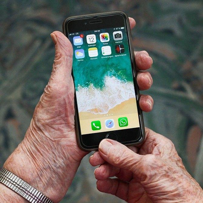Servicio gratuito de atención psicológica y social a las personas mayores