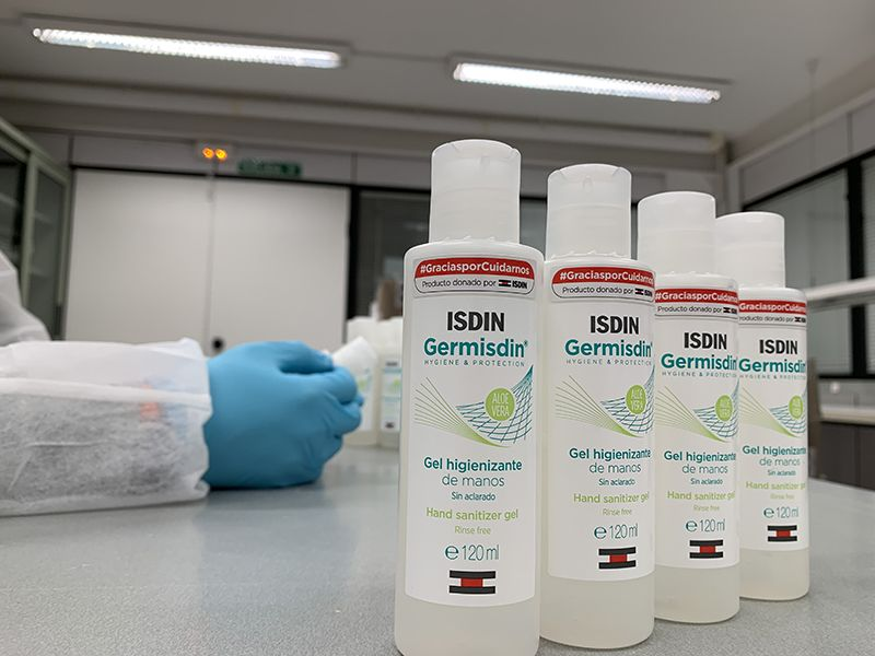 Isdin dona geles higienizantes y productos a hospitales y residencias de mayores