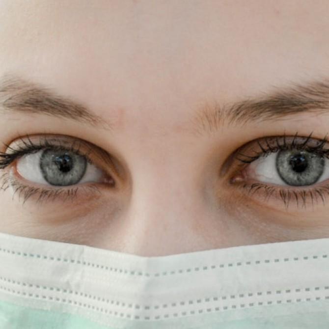 7 cuidados imprescindibles del contorno de ojos