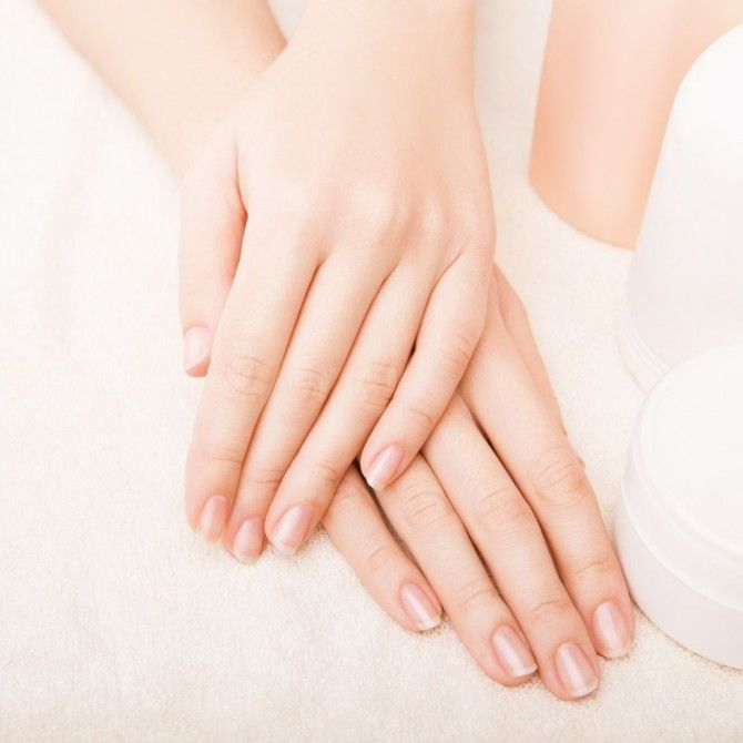 Cómo fortalecer las uñas débiles y quebradizas