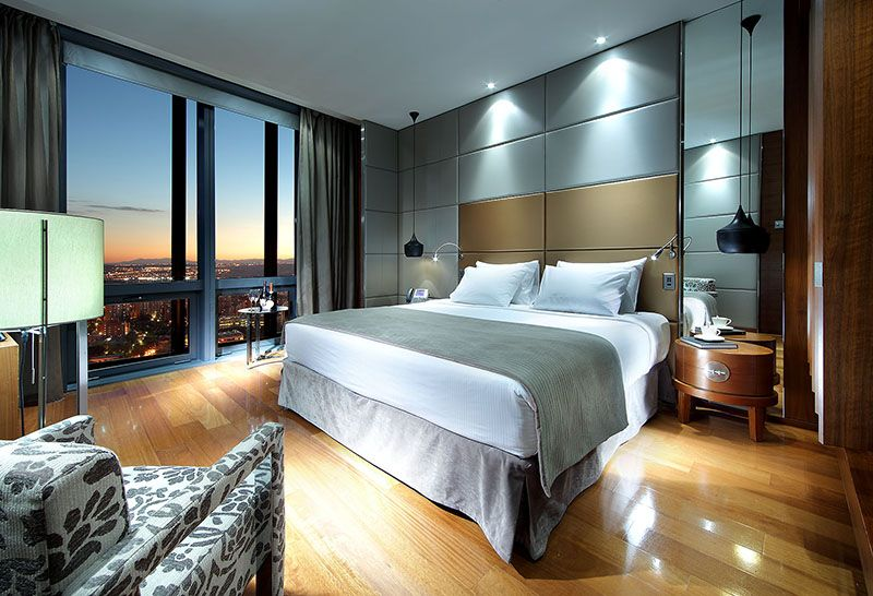 San Valentín desde las alturas en el Eurostars Madrid Tower 5*