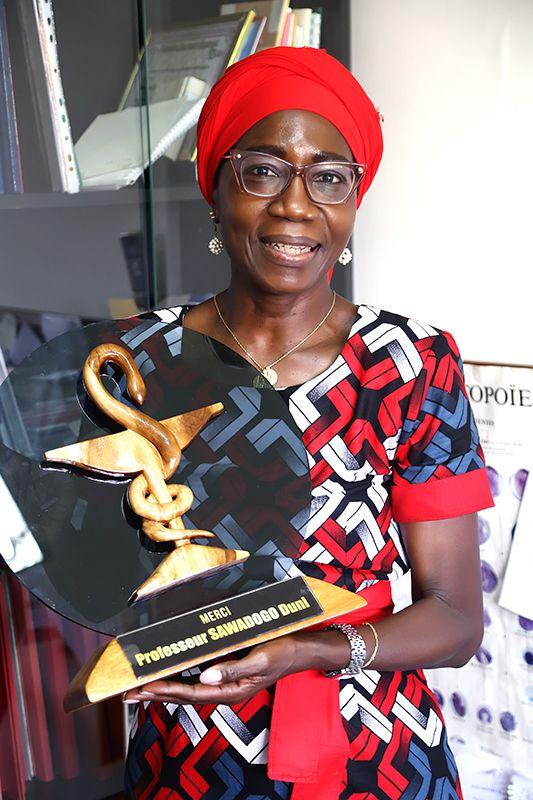 Duni Sawadogo: XII Premio Harambee a la Promoción e Igualdad de la Mujer Africana